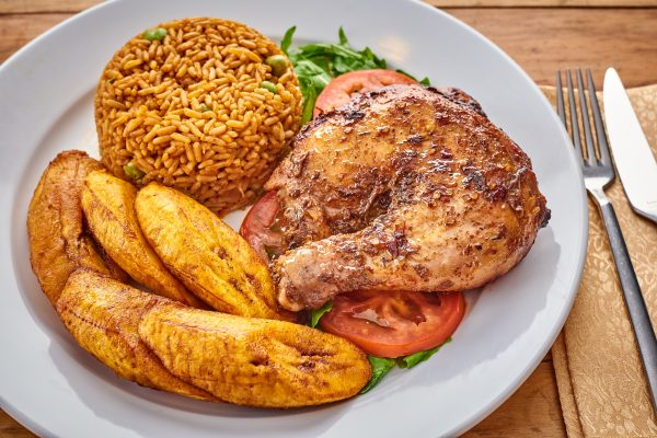 JOLLOF RICE WITH PLANTAIN AND PEPPER CHICKEN – Mega ...